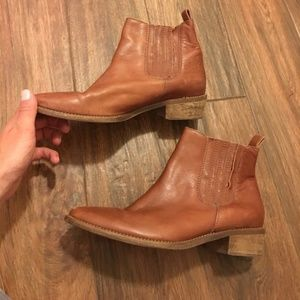 Madewell Tan Leather Booties